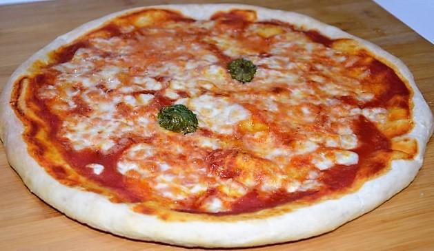 La pizza napoletana fatta in casa