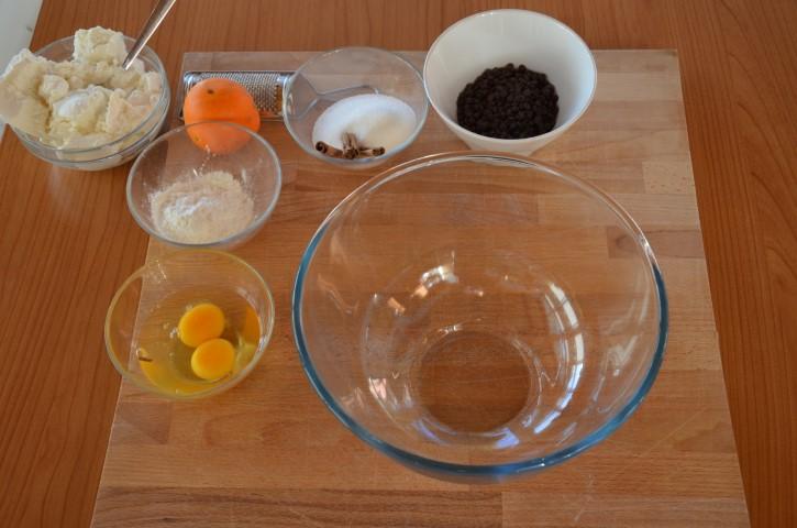 Ingredienti per la preparazione della crostata