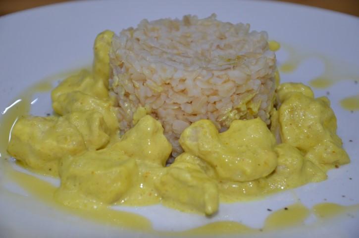 pollo al curry evidenza