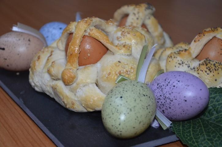 cestini di pasta di pane pasquali